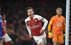 Ngược dòng trước Leicester, Arsenal thắng trận thứ 10 liên tiếp