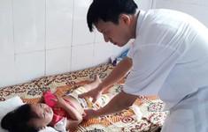 Bé gái 28 tháng tuổi bị viêm ruột thừa mà gia đình không hay biết