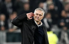 """""""Jose Mourinho hành xử như một đứa trẻ"""""""