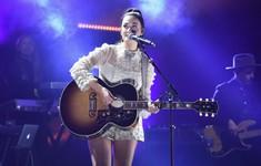 CMA Awards 2018: Ca sĩ Kacey Musgraves giành giải Album của năm