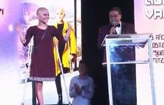 Bệnh nhân ung thư biểu diễn thời trang