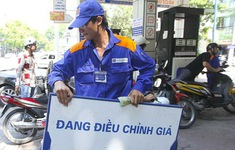 NÓNG: Giá xăng dầu giảm mạnh kể từ 15h chiều nay (21/11)