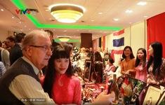 Sôi nổi Hội chợ phu nhân ngoại giao tại Ba Lan