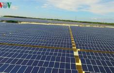 Sản xuất điện mặt trời: Sớm hoàn thiện cơ chế mua bán, chính sách hỗ trợ hợp lý