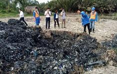 Lỏng lẻo quản lý, hàng nghìn tấn chất thải đổ ra môi trường