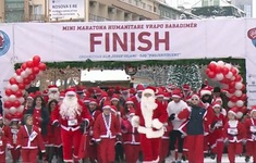 Chạy marathon làm từ thiện