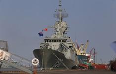 Tàu Hải quân Hoàng gia Australia thăm Việt Nam