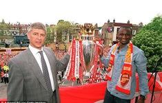 Những khoảnh khắc đáng nhớ của Wenger trong 22 năm dẫn dắt Arsenal