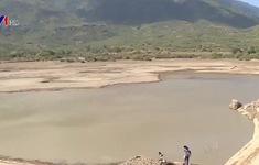 Ninh Thuận: Nhọc nhằn tìm nước sinh hoạt giữa vùng tâm hạn