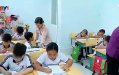 Lớp học tình thương miền sông nước An Giang
