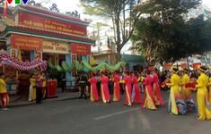 Khánh Hòa: Hàng ngàn người dân và du khách hành hương về đền thờ vọng các vua Hùng
