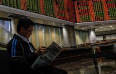 Nhà đầu tư nước ngoài tháo chạy khỏi thị trường chứng khoán Malaysia