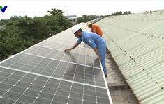 Tổng công ty Điện lực miền Trung trang bị hệ thống điện mặt trời cho trường học Quảng Nam
