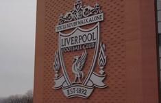 """Chơi như """"lên đồng"""", Liverpool nhận tài trợ khủng"""