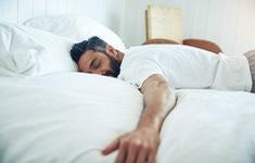 Ngủ nướng cuối tuần giúp tăng tuổi thọ
