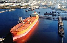 Giá dầu thô thế giới tăng mạnh