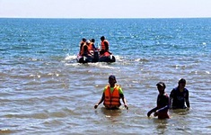 Quảng Ngãi: Hai thiếu niên chết đuối khi tắm biển