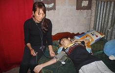 Mắc bệnh thận, cháu trai đếm sự sống từng ngày trong đau đớn