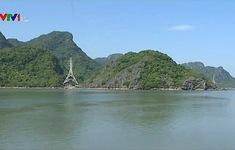 Toàn huyện đảo Cô Tô đang mất điện do sét đánh