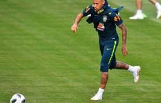 Neymar tập trở lại sẵn sàng cho trận Costa Rica