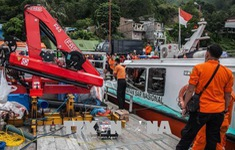 Indonesia: Thêm một vụ lật tàu trên hồ Toba