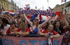 Biển người chào đón ĐT Croatia tại quê nhà