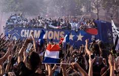 ĐT Pháp diễu hành tại Paris mừng chức vô địch World Cup