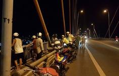 Một người bỏ xe máy, nhảy cầu Rạch Miễu mất tích
