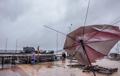 Mưa bão, sân khấu ngoài trời Hoa hậu Việt Nam nguy cơ bị hoãn?