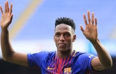Hờ hững với Premier League, trung vệ tỏa sáng tại World Cup quyết bám trụ với Barcelona