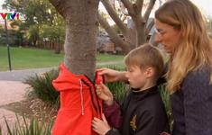 Cây quần áo từ thiện cho người vô gia cư ở Australia