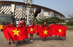 Phóng viên Thể Thao VTV tác nghiệp tại ASIAD 2018: Niềm vui của CĐV sau chiến thắng của ĐT Olympic Việt Nam