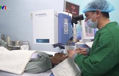 Phẫu thuật tật khúc xạ bằng phương pháp không chạm