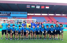 Đội tuyển nữ Việt Nam thăm sân thi đấu Bumi Sriwijaya tại Palembang