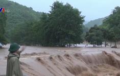 Huyện Bá Thước (Thanh Hóa) bị chia cắt do mưa lũ