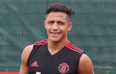 "Sanchez ""lỡ chuyến bay"" của Man Utd tới Brighton"