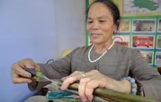Thế hệ số 10h00 (21/08): Gặp gỡ người phụ nữ độc nhất vô nhị dệt lụa từ tơ sen