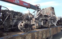 Tai nạn kép trên cao tốc TP.HCM - Trung Lương, xe container cháy rụi