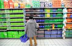 Mỹ: Bang California cấm bán nước ngọt cho trẻ em nhằm ngăn chặn béo phì