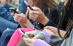 Phần lớn người dùng sẽ sử dụng smartphone từ 3-5 năm