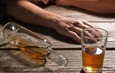 Malaysia: 15 người tử vong nghi do ngộ độc rượu