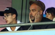 Man City thua sốc Lyon không phải vì Pep Guardiola