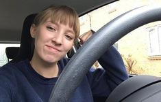 Căn bệnh siêu hiếm khiến cô gái trẻ dị ứng với cả nước mắt của chính mình