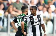 """Sao Juventus bị tăng án phạt vì hành vi """"phun mưa"""" phi thể thao"""
