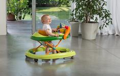 Xe tập đi cho trẻ có thực sự an toàn?