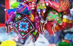 Độc đáo nghề dệt thổ cẩm của phụ nữ H'Mông ở Mù Cang Chải