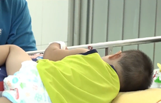 TP.HCM: Số trẻ mắc tay chân miệng tăng gấp 5 lần