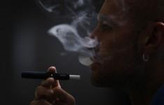 Malaysia cân nhắc cấm hoàn toàn thuốc lá điện tử