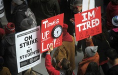 300.000 học sinh Chicago (Mỹ) bị ảnh hưởng do giáo viên bãi giảng