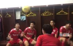 Cầu thủ Hoàng Anh Gia Lai thể hiện kỹ năng đánh đầu